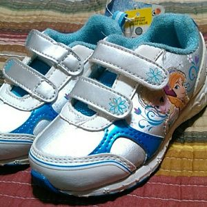 Other - Nwt frozen tennis shoes